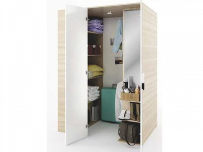 Walk-in closet Right  Oak/ White